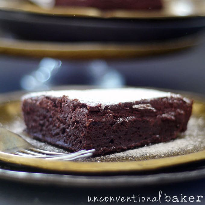 Fudgiest Chocolate Beet Brownies {Gluten-Free, Vegan, Refined Sugar-Free, with Oil-Free Option}