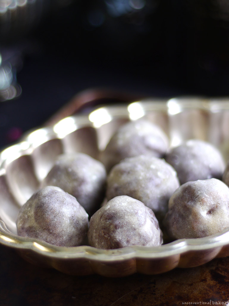 No-Bake Glazed Donut Holes (Free From: Gluten & Grains, Dairy, Nuts, & Refined Sugar)