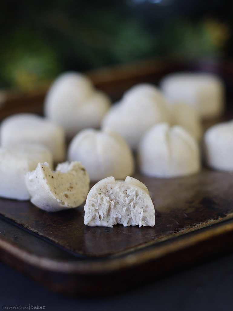 Raw Ice Cream Bites (Free From: gluten & grains, dairy, nuts, oils, refined sugar)